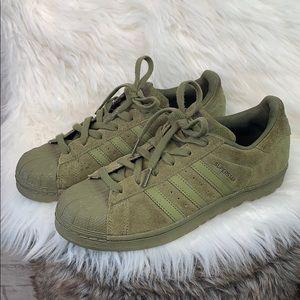 Adidas • Superstar suede sneakers